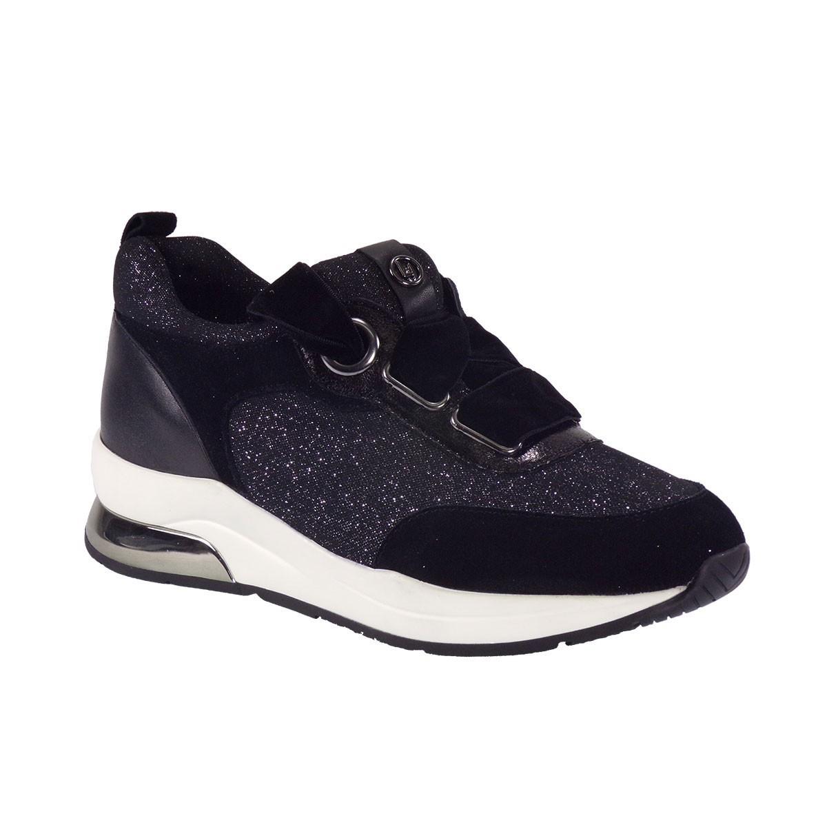 Liu-Jo Sneakers KARLIE 06 Παπούτσια Γυναικεία B68005 Μαύρο 010039